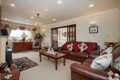 3 Bedrooms Bungalow for sale in Wereham, King's Lynn, Norfolk