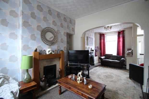 2 Bedrooms Terraced House for sale in Clifford Street,, Birkenhead, Merseyside, CH41 0BH