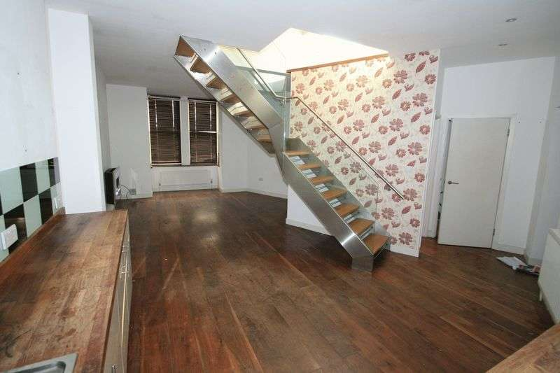 3 Bedrooms House for sale in FAIRLIGHT AVENUE, LONDON. NW10