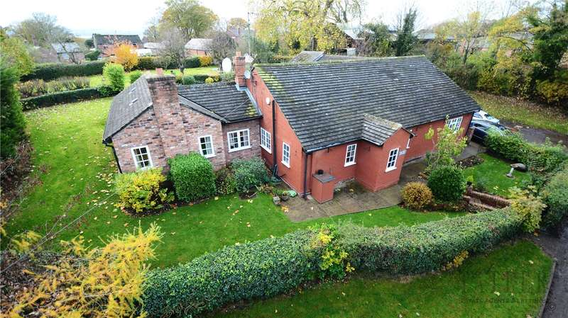 3 Bedrooms Detached Bungalow for sale in Hall Lane, Shotwick, Chester
