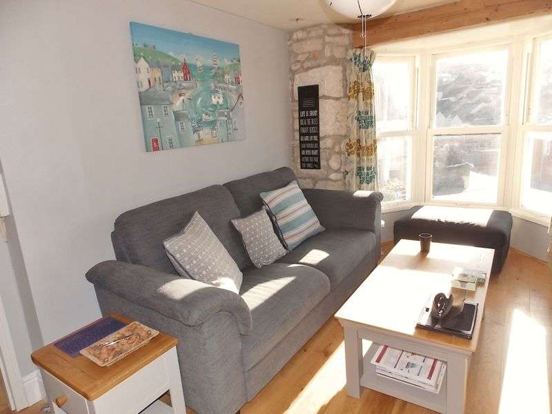 1 Bedroom Flat for sale in Fortuneswell, Portland