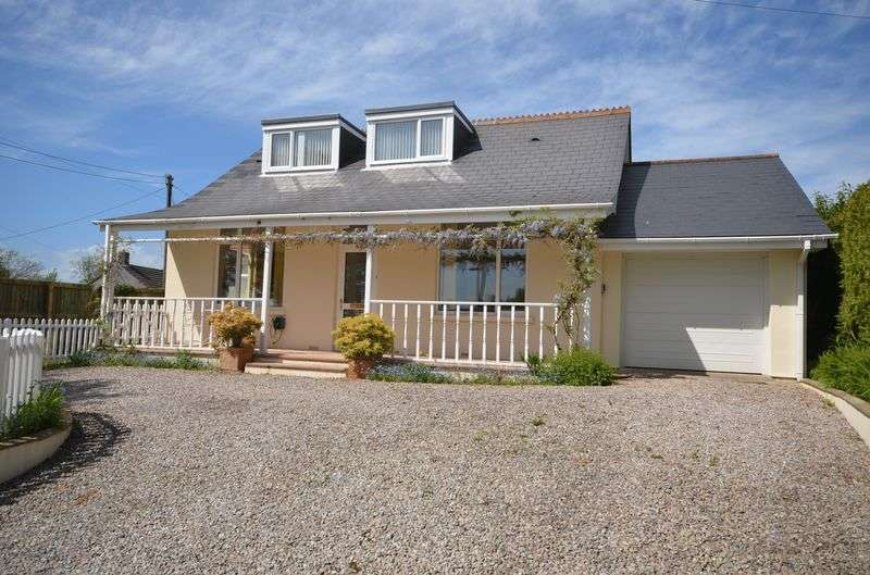 3 Bedrooms Detached Bungalow for sale in Broad Park Road, Bere Alston