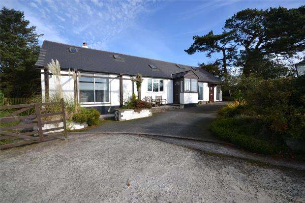 6 Bedrooms Detached Bungalow for sale in Pelynt, Looe, Cornwall
