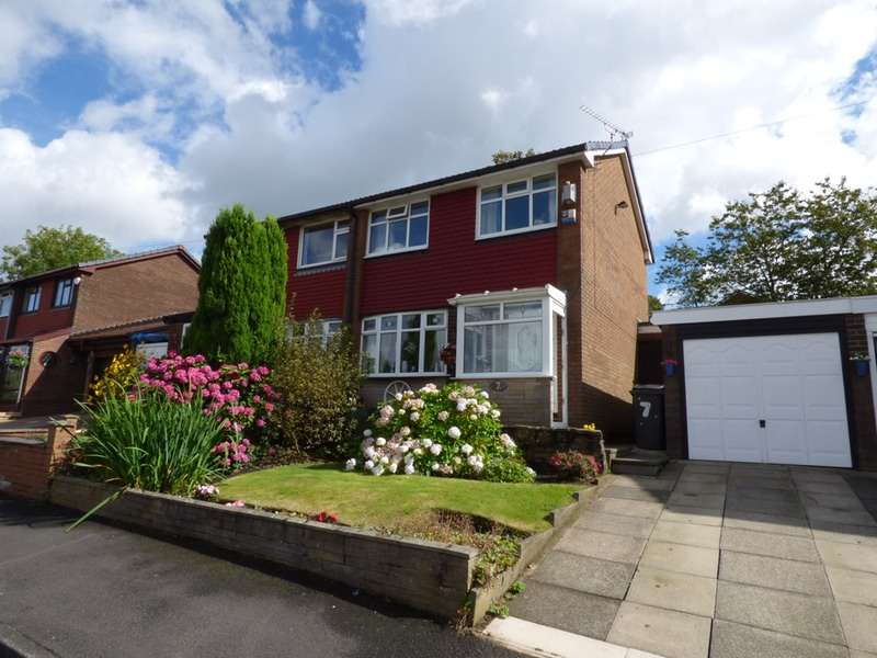 3 Bedrooms Semi Detached House for sale in Crossbank Avenue, Springhead, Saddleworth, Oldham,, Greater Manchester, OL4