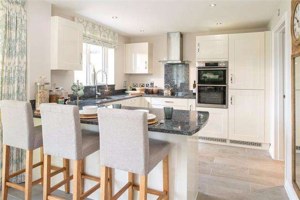 6 Bedrooms Detached House for sale in Cornflowers At Cranbrook, London Road, Exeter, Devon