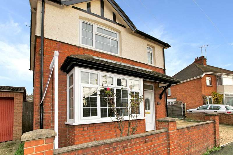 3 Bedrooms Detached House for sale in Lennox Road, Bletchley