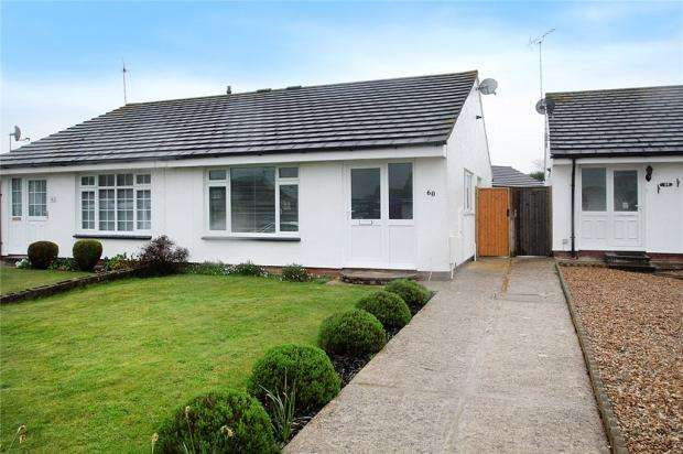 2 Bedrooms Semi Detached Bungalow for sale in Windward Close, Littlehampton, West Sussex, BN17
