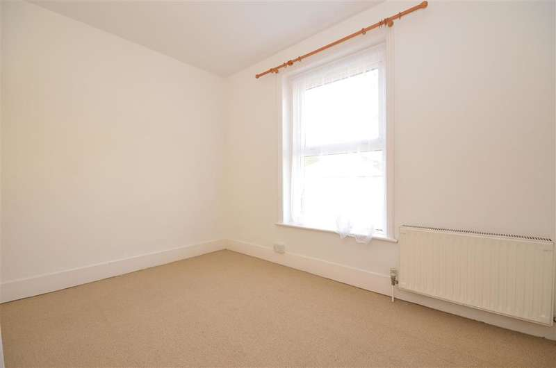 2 Bedrooms Terraced House for sale in South Street, Ventnor, Isle of Wight