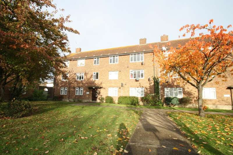2 Bedrooms Apartment Flat for sale in AVENUE COURT, CLAYHALL