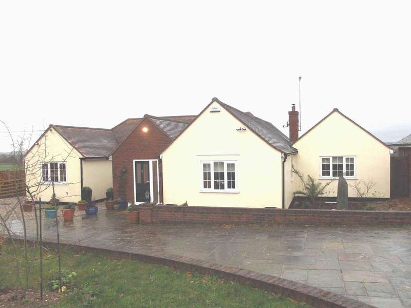 4 Bedrooms Detached House for sale in Langford Rd, Wickham Bishops