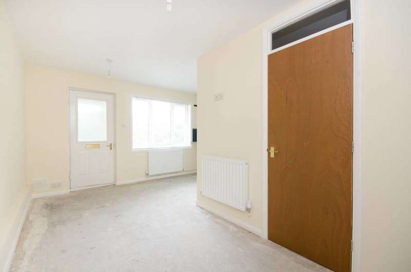 1 Bedroom Maisonette Flat for sale in Gleneldon Road, Streatham, SW16