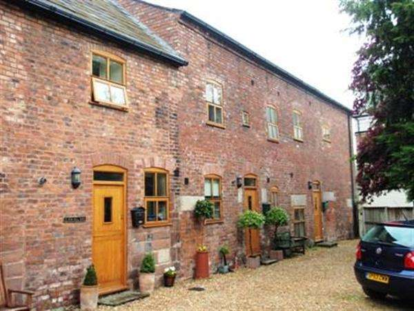 4 Bedrooms Mews House for sale in New Hall Barns, Chester High Road, Neston