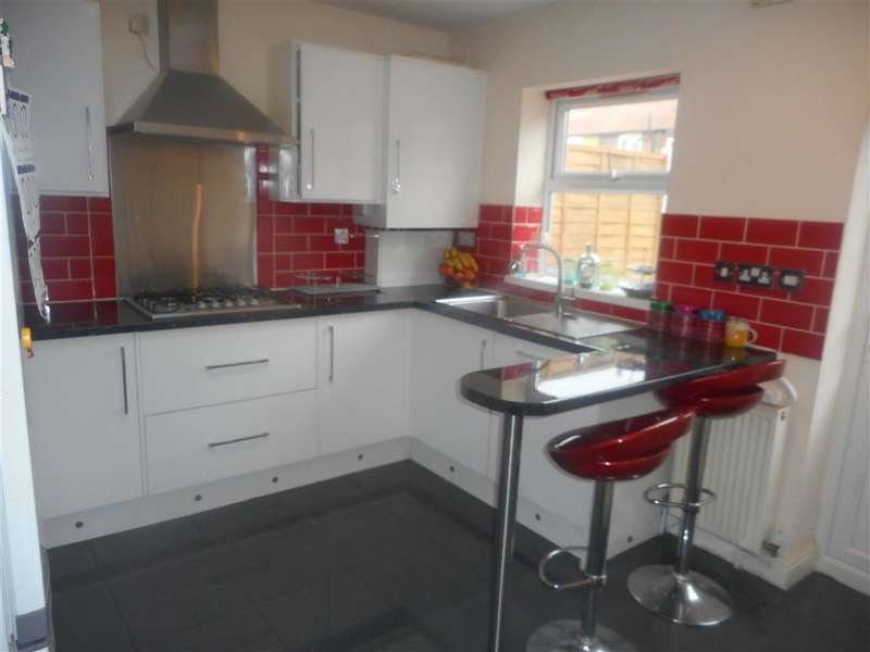 2 Bedrooms Terraced House for sale in Terrace Walk, Dagenham, Essex