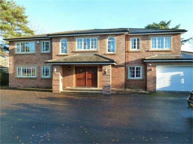5 Bedrooms Detached House for sale in Eastern Way, Ponteland, Newcastle upon Tyne, Northumberland