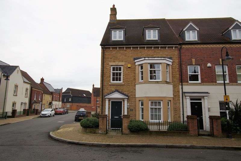 4 Bedrooms Semi Detached House for sale in Barbrook Road, East Wichel
