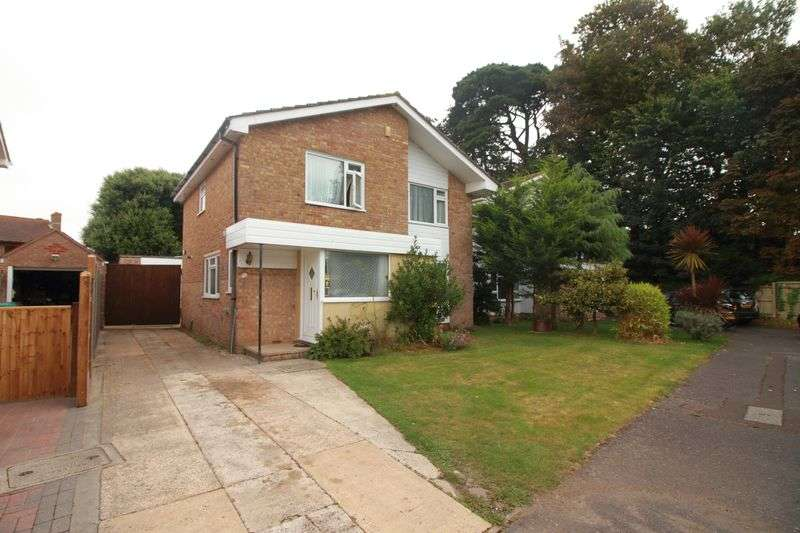 4 Bedrooms Detached House for sale in Ripon Gardens, Bognor Regis
