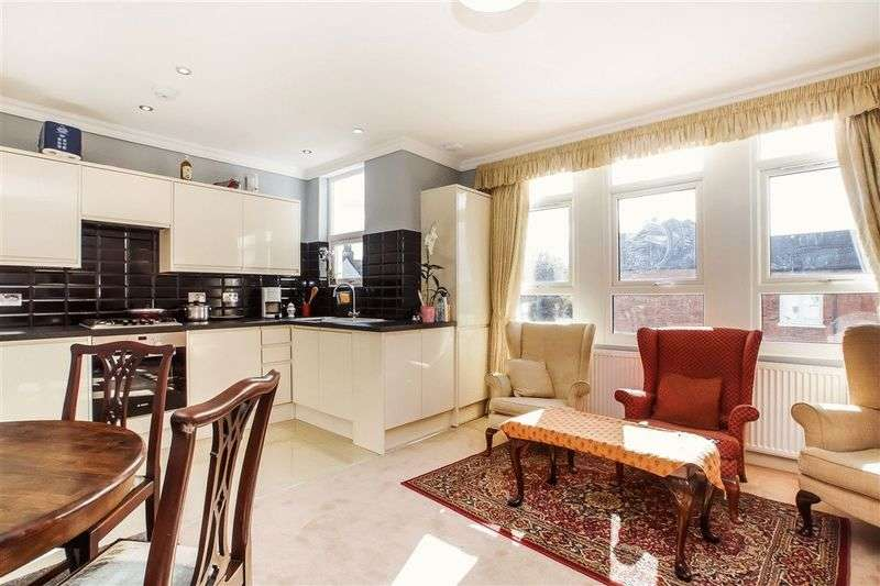 4 Bedrooms Flat for sale in Olive Road,Cricklewood, London NW2