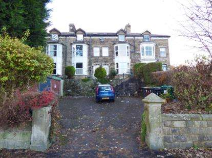 1 Bedroom Flat for sale in Corbar Road, Buxton, Derbyshire