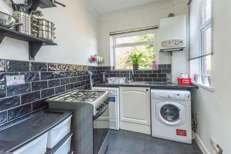 3 Bedrooms Property for sale in Langsett Avenue, Sheffield