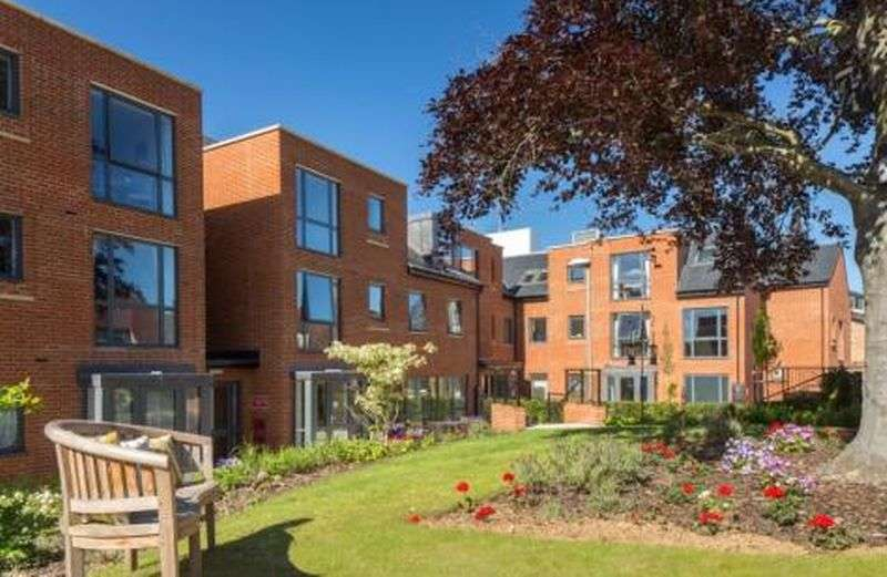 1 Bedroom Flat for sale in Turner House, Midhurst : Exclusive retirement development for over 60's : ** High specification & finish **