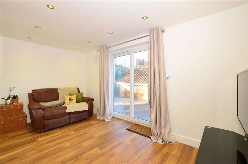1 Bedroom Apartment Flat for sale in Springvale, Maidstone, Kent