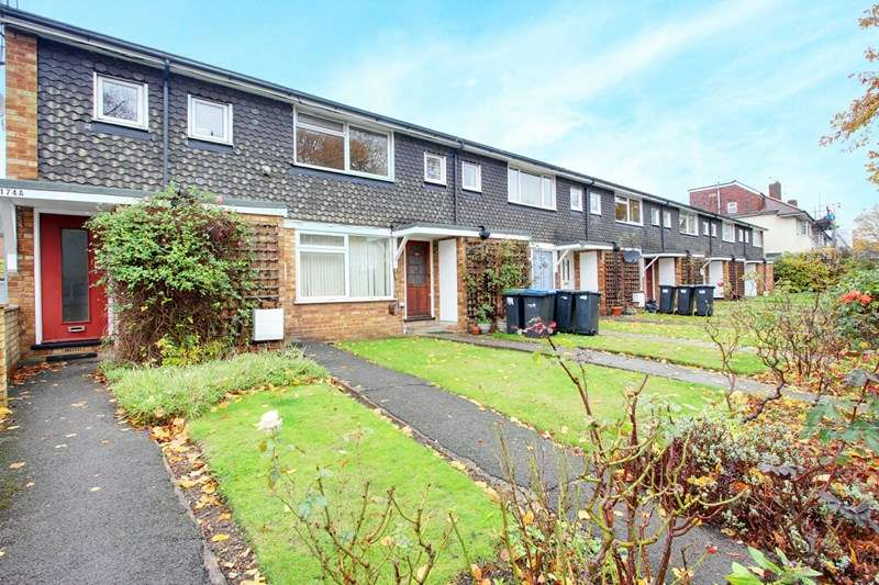 1 Bedroom Property for sale in Chase Side, Enfield