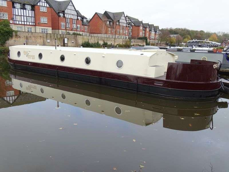 1 Bedroom Property for sale in Northwich Quay Marina