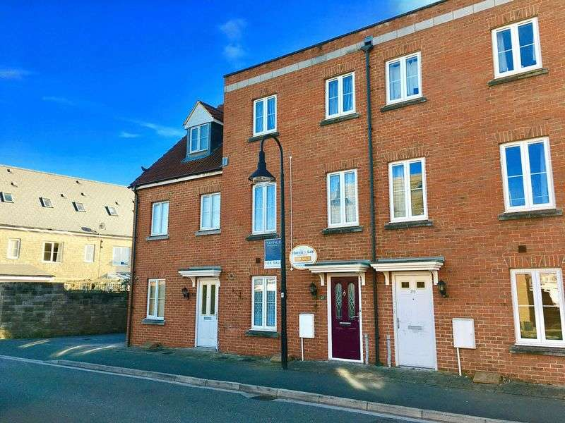 4 Bedrooms Terraced House for sale in Worle Moor Road, Weston Village, Weston-Super-Mare