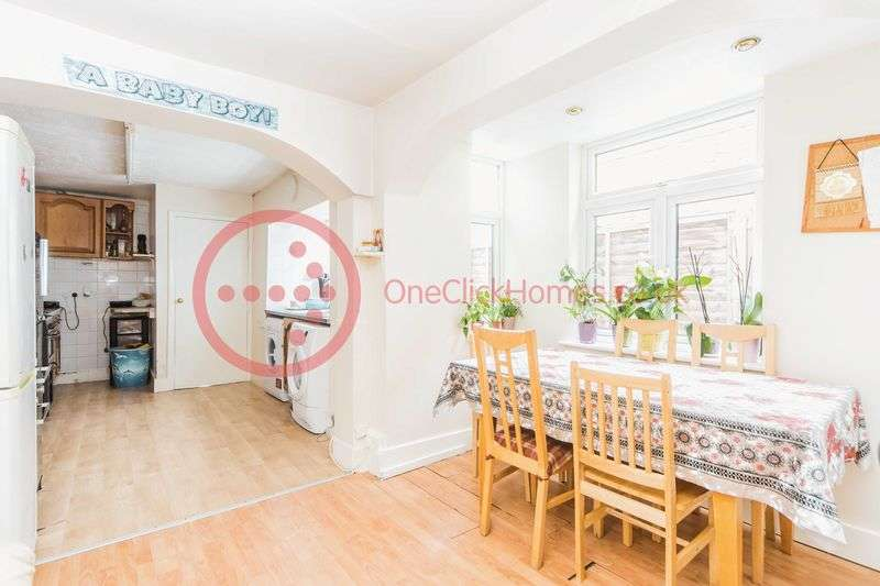 4 Bedrooms Terraced House for sale in Sedgwick Road, Leyton E10