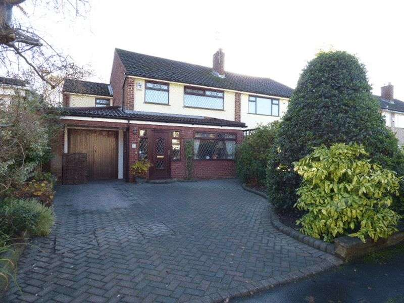 4 Bedrooms Semi Detached House for sale in Molyneux Road, Maghull