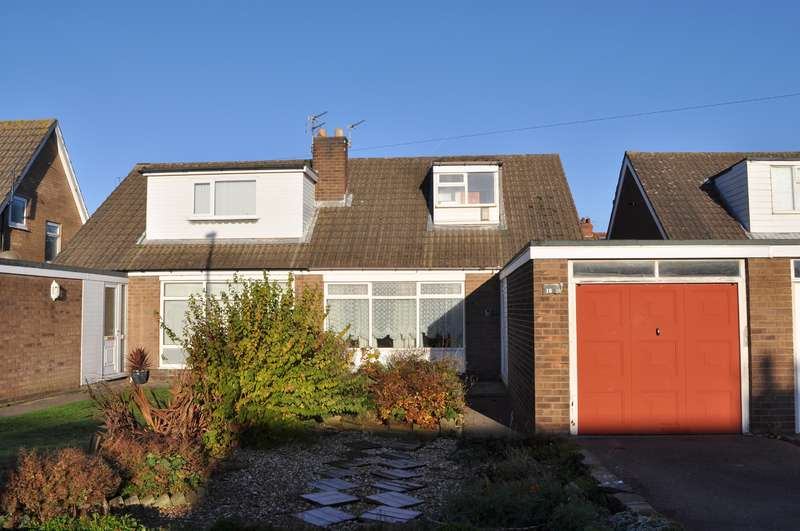 2 Bedrooms Semi Detached House for sale in Webster Avenue, South Shore, Blackpool, FY4 3LJ