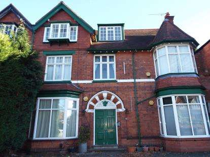 1 Bedroom Flat for sale in Yardley Wood Road, Moseley, Birmingham, West Midlands