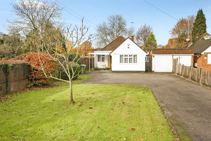 4 Bedrooms Detached Bungalow for sale in Povey Cross Road, Horley, Surrey, RH6