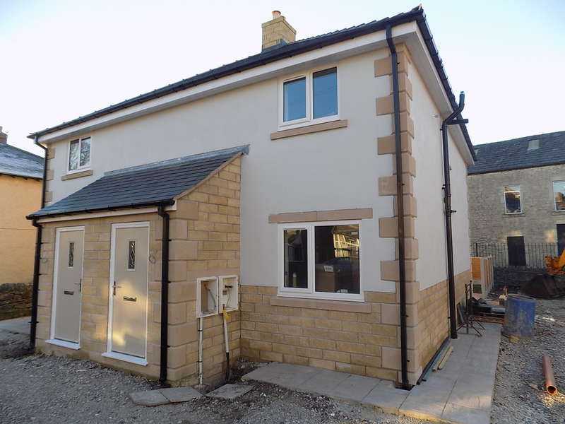3 Bedrooms Semi Detached House for sale in Cross Street, Buxton