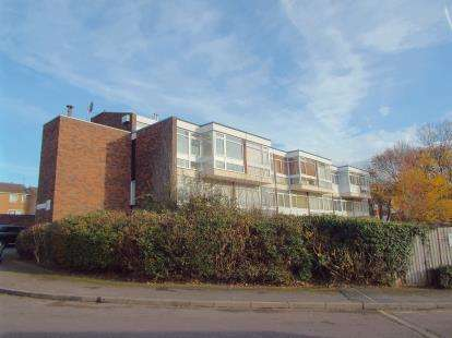 1 Bedroom Maisonette Flat for sale in Falmouth Road, Leicester, Leicestershire