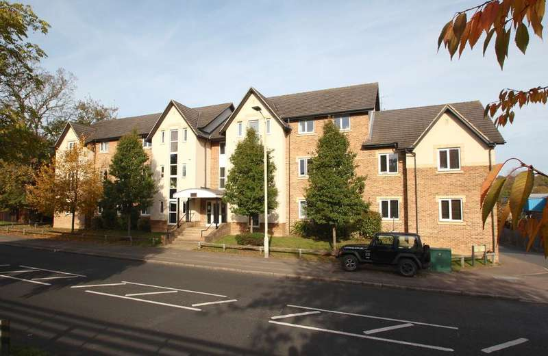 2 Bedrooms Apartment Flat for sale in High Street, Berkhamsted, Hertfordshire, HP4 3ZE