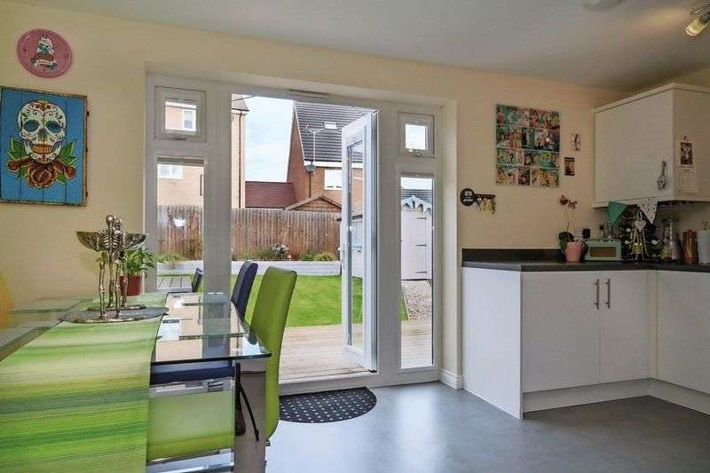 3 Bedrooms Semi Detached House for sale in Sumatra Crescent, Newton Leys, Milton Keynes