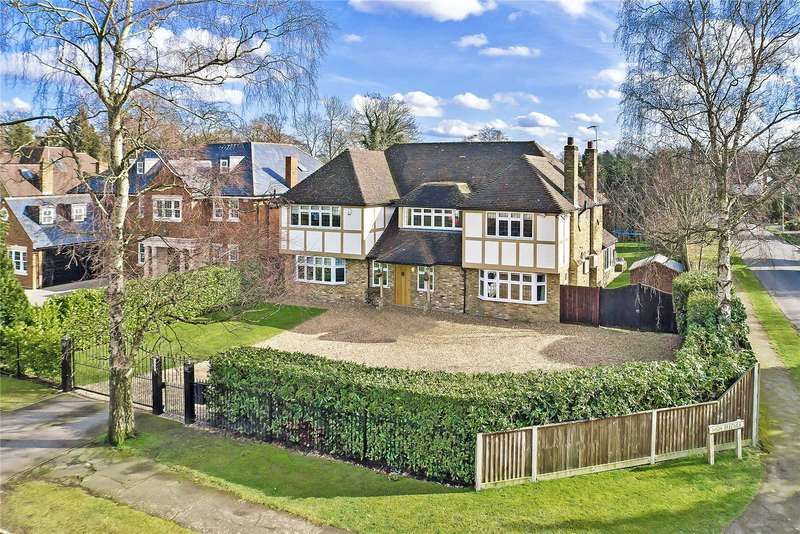 5 Bedrooms Detached House for sale in Dukes Wood Drive, Gerrards Cross, Buckinghamshire, SL9