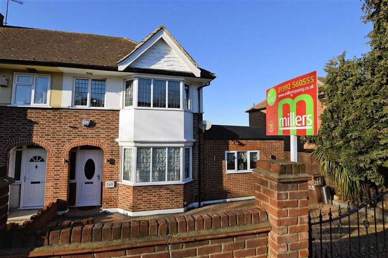 3 Bedrooms Property for sale in Waltham Way, Chingford