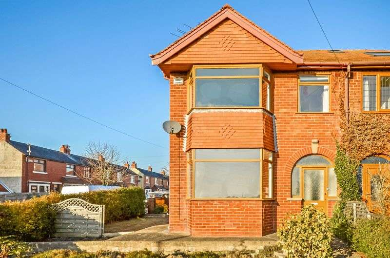 3 Bedrooms Semi Detached House for sale in 6 Normoss Road, Blackpool, FY3 0AL