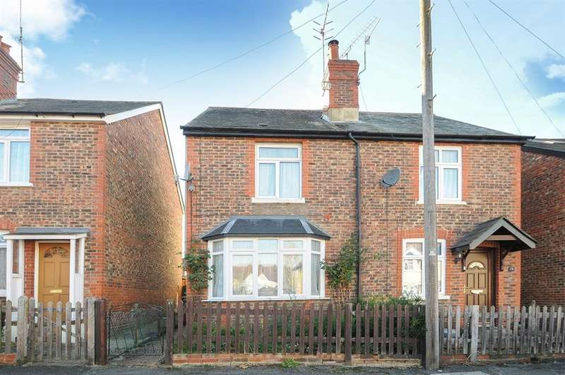 3 Bedrooms Semi Detached House for sale in Watson Road, Westcott, Dorking, RH4