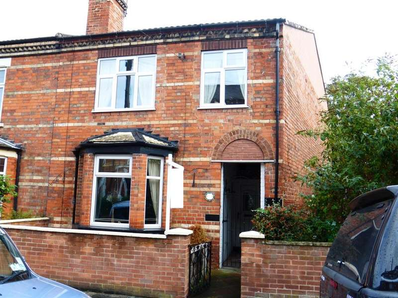4 Bedrooms Semi Detached House for sale in Harcourt Street, Newark, NG24