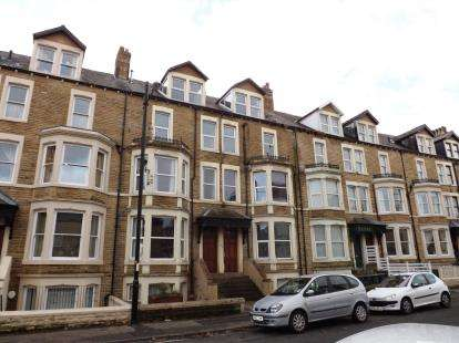 2 Bedrooms Flat for sale in West End Road, Morecambe, LA4