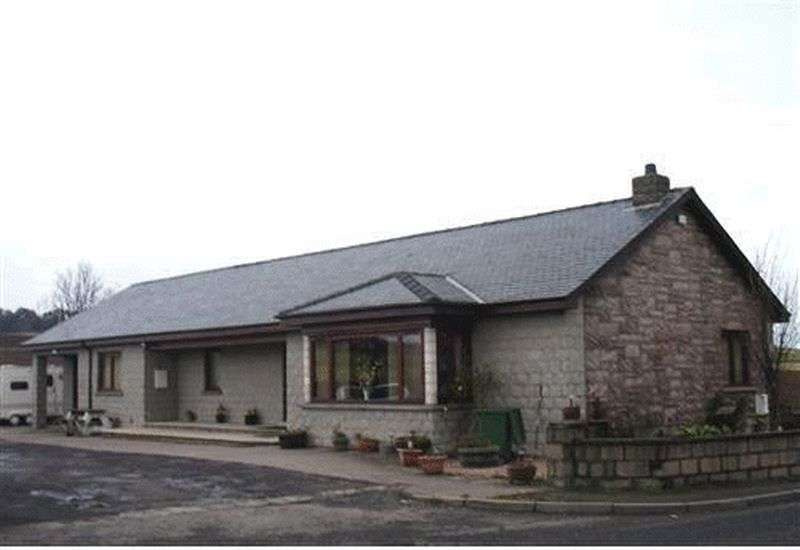 3 Bedrooms Property for sale in Forfar Road, Kirriemuir