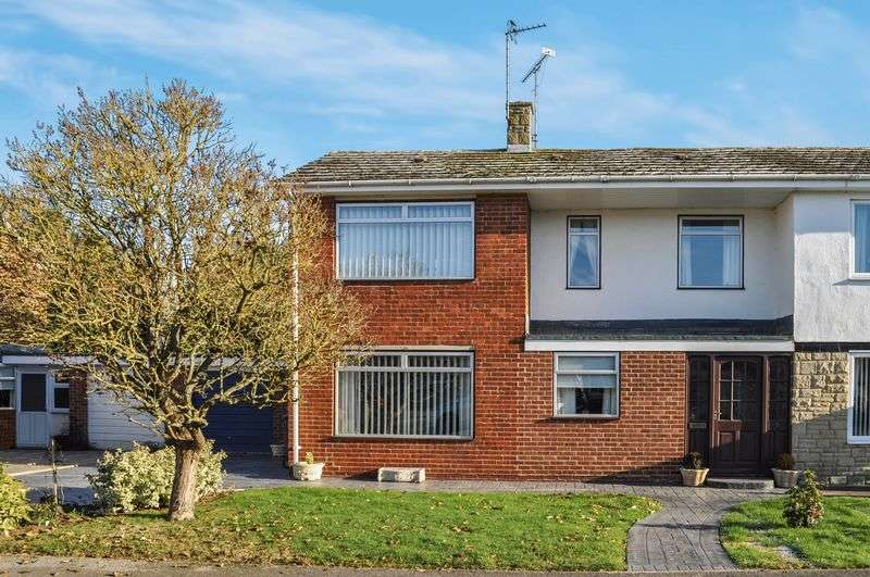 3 Bedrooms Semi Detached House for sale in Elwes Road, Marcham