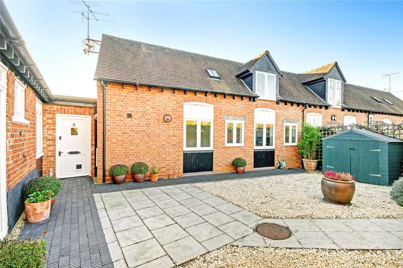 2 Bedrooms Barn Conversion Character Property for sale in Orchard Stables, Orchard Lane, East Hendred, Wantage, OX12