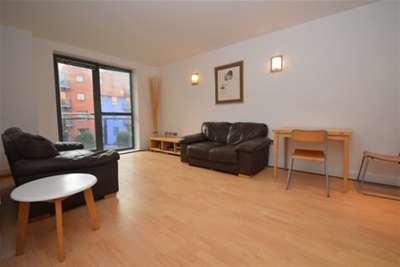 2 Bedrooms Flat for rent in West One City, 10 Fitzwilliam Street, S1 4JF