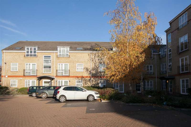 3 Bedrooms Flat for sale in St. Andrews Mews, London