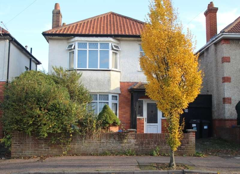 3 Bedrooms Detached House for sale in TUCKTON