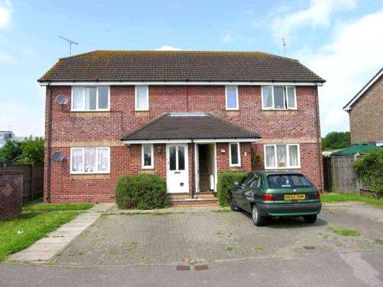 2 Bedrooms Maisonette Flat for sale in Takeley